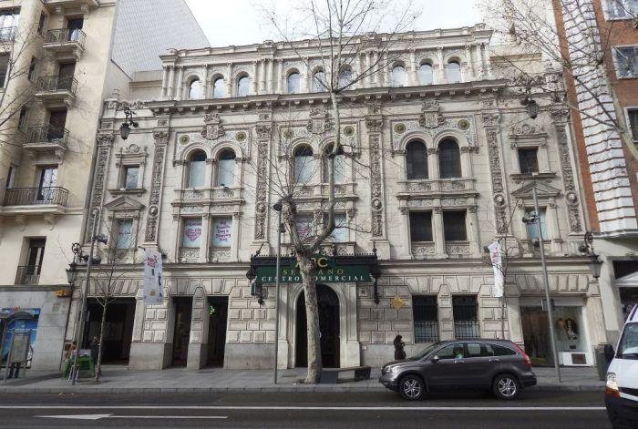 rehabilitacion edificios antiguos, conservación, consolidación y recuperación de fachadas, cimborrio decorativo y vidrieras del Centro Comercial ABC Serrano de Madrid por Acerouno