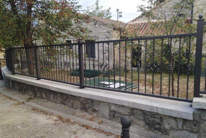 Cerramiento perimetral en Fresnedillas de la oliva