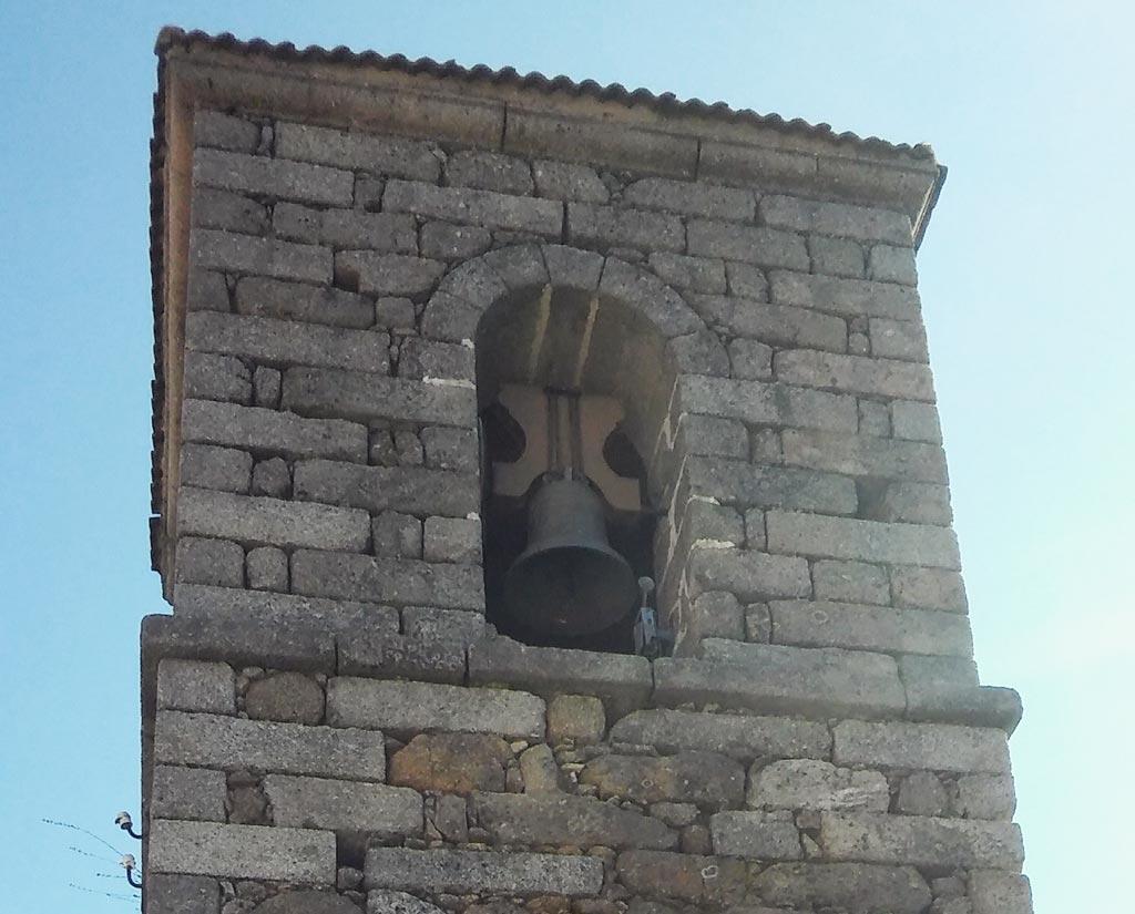 rehabilitación de iglesias-campana iglesia rozas puerto real